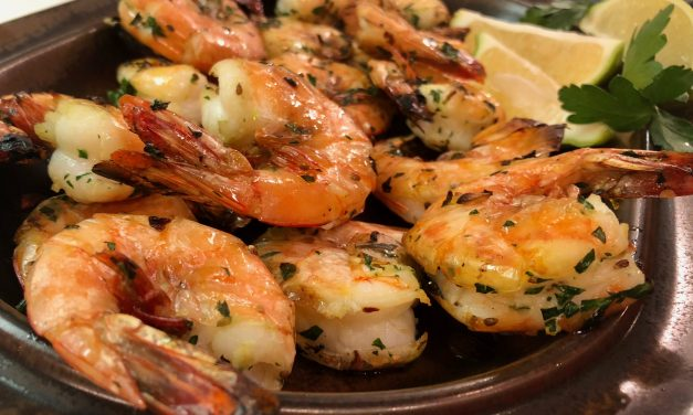 Slim Man Cooks Shrimp with Garlic, Butter, Parsley, and Anise