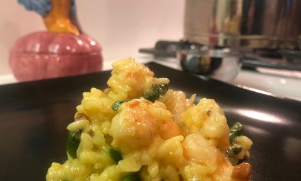 Slim Man Cooks Risotto with Shrimp, Pancetta, and Asparagus